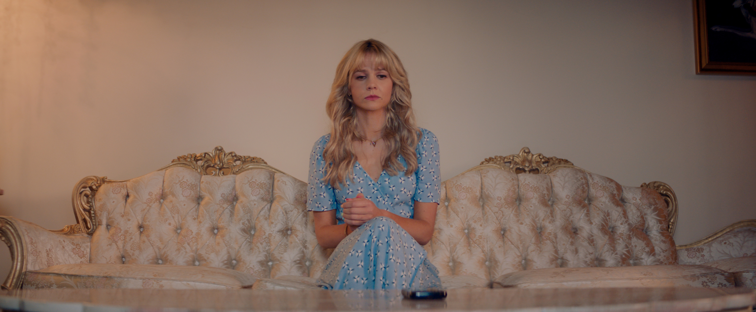 """Carey Mulligan stars as """"Cassandra"""" in director Emerald Fennell's PROMISING YOUNG WOMAN, a Focus Features release.   Credit: Courtesy of Focus Features"""